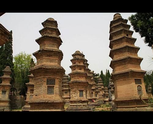 ...名海内外,各种武侠小说最擅长取其所用,佛教圣地,尽显中国武学...