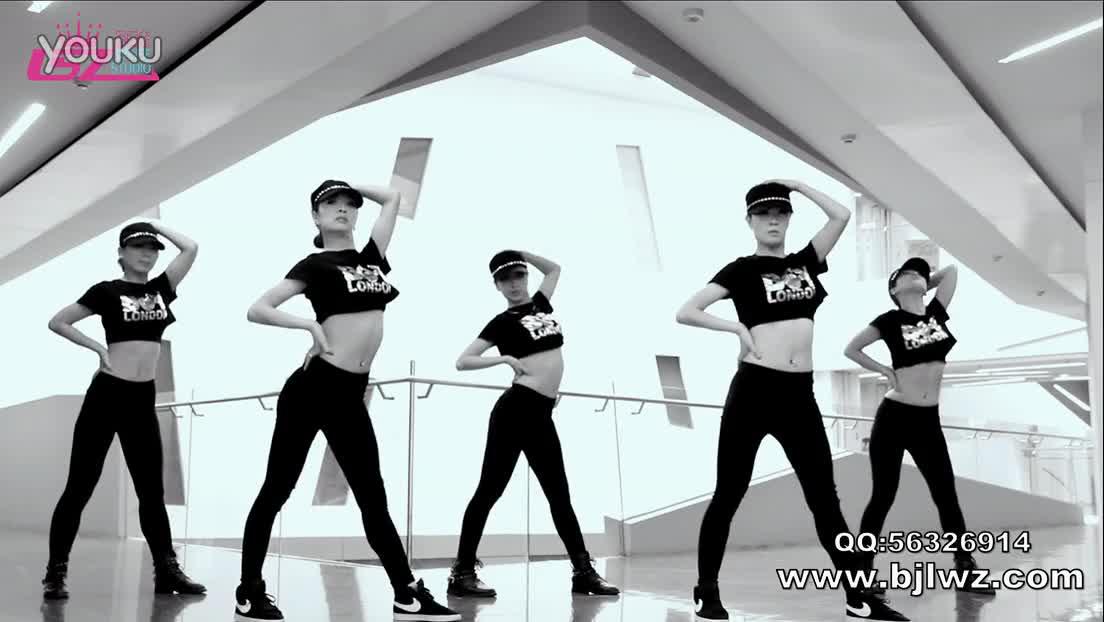 4个人女子简单现代舞舞蹈教学视频丸子控