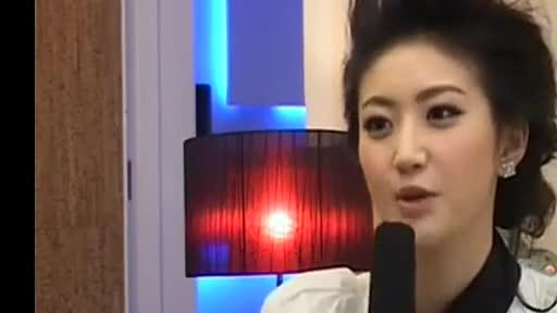 景甜专访 吻戏床戏花絮 游戏视频