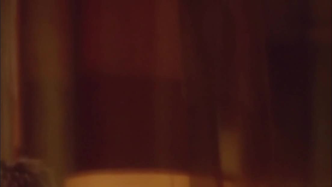 香港激情电影《出轨的女人》未删减片段真激情床戏