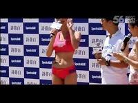 视频: 美女:长腿美女高海宁海滩性感泳装出席 长腿