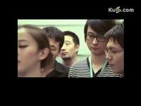 视频: 美女最后一个上电梯