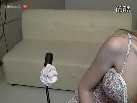 韩国美女主播热舞诱惑自拍辣舞