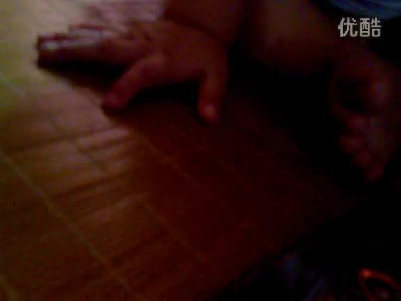 女生玩男生的蛋蛋故事视频