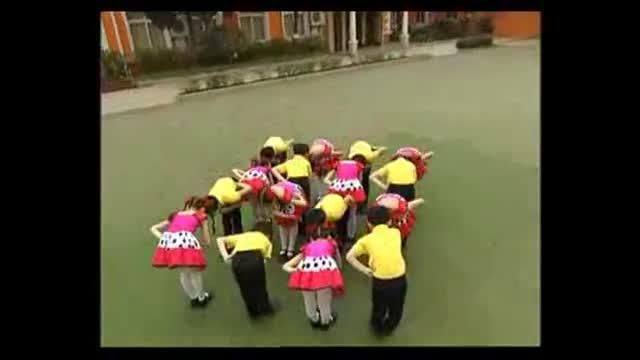 校园集体舞《找朋友》少儿舞蹈