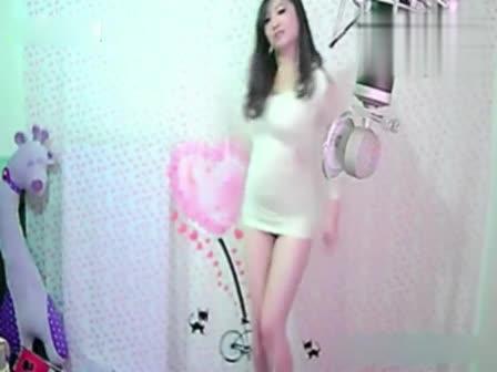 综合娱乐yy主播咝咝直播间短裙超火辣诱惑热舞