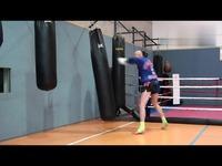 泰拳专项体能练习--沙袋练习之二-游戏视频 热